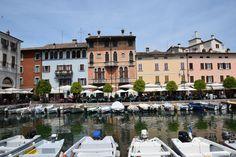 Jezioro Garda to miejsce, które absolutnie trzeba mieć na swojej liście miejsc do zobaczenia! Urocze miasteczka, zachwycające widoki! Co zobaczyć, gdzie mieszkać, jak dotrzeć?
