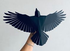 Crow - Make your own Low poly bird on fly, Geometric bird, Paper sculpture, Papercraft bird, Raven Bird Paper Craft, Paper Birds, Paper Crafts, Paper Glue, Paper Art, Cut Paper, Make Your Own, Make It Yourself, How To Make