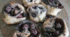 Ez a süti hirtelen ötletből született. :) Nagyon szeretem a mákot és a meggyet külön-külön, de együtt igazán verhetetlenek ! Ezt a sütit k... Muffin, Breakfast, Food, Morning Coffee, Essen, Muffins, Meals, Cupcakes, Yemek