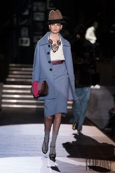 Dsquared² - Pret a porter - Otoño-Invierno 2013-2014 - http://es.flip-zone.com/fashion/ready-to-wear/fashion-houses-42/dsquared%C2%B2-3670