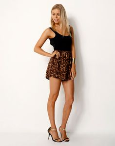 LEO* PRINTED CONTRAST PLAYSUIT - LEO* PRINTED CONTRAST PLAYSUIT WITH LOOSE FIT SHORTS - Jumpsuits