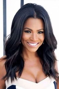 Details about Nia Long Loose Wave Middle Parting Hairline Synthetic Wigs Hair - hair_styleideas_pinterey Medium Layered Haircuts, Medium Hair Cuts, Long Hair Cuts, Medium Hair Styles, Curly Hair Styles, Natural Hair Styles, Natural Wigs, Wig Styles, Natural Makeup