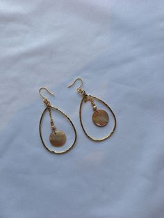 SPORTIFF Shell pieces earrings