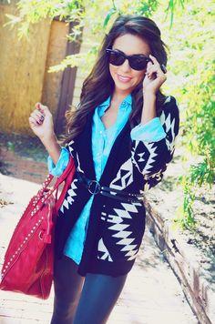 How to wear your cardigans? Te dejamos una idea!! Comienza el año con el mejor estilo #DressCodeGuate  ! Disponible pedidos a domicilio sin recargo =)