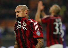 Il Milan contro le grandi non sa più vincere, battere l'Inter per invertire la tendenza - http://www.maidirecalcio.com/2014/11/20/milan-contro-grandi-non-sa-vincere-battere-linter-per-invertire-tendenza.html