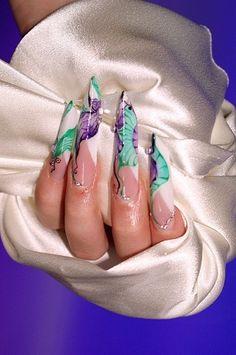 i love edge nails