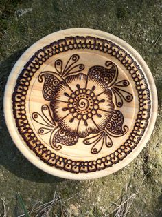 Daisy Sangeet OOAK Plate - Woodburning on Pine Candle Holder Wood Burning Art, Small Plates, Glass Containers, Votive Candles, Birthday Fun, Pyrography, Pencil Drawings, Daisy, How To Draw Hands