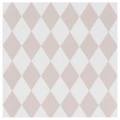 Papier peint harlequin Ferm Living chez Bianca and Family Harlequin Wallpaper, Geometric Wallpaper, Graphic Patterns, Textile Patterns, Textiles, Ferm Living Wallpaper, Contemporary Wallpaper, Kidsroom, Designer Wallpaper