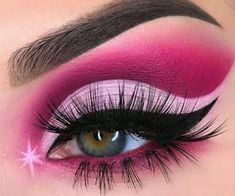 Pink sparkles rosebaby pink crease eyemakeup gorgeous sparkly makeup Dare to recreate .lets get inspired to recreate/create and glow effortlessly Cute Eye Makeup, Creative Eye Makeup, Pink Eye Makeup, Makeup Eye Looks, Eye Makeup Art, Colorful Eye Makeup, Beautiful Eye Makeup, Eyeshadow Makeup, Eyeshadow Base
