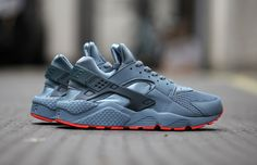 Nike Air Huarache Run FB (Classic Charcoal/Bright Crimson)