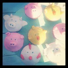 Animal cupcakes at a Farm Party #farm #partycupcakes