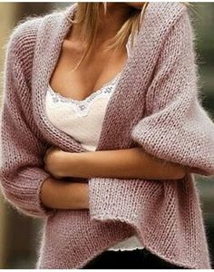 I saved this because I like the knitted garment; the link took me to a Russian site with very beautiful knitted and crocheted items. Knitting Patterns, Crochet Patterns, Looks Chic, Knitting Projects, Knit Cardigan, Knit Sweaters, Cashmere Cardigan, Fall Sweaters, Fall Outfits