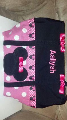 Cute Minnie Mouse bag!
