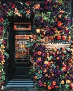 This London bakery has been covered in Autumn beauty by with some Modern House Exterior Autumn bakery beauty covered earlyhoursltd London Beautiful Flowers, Beautiful Places, Exotic Flowers, Beautiful Scenery, Fresh Flowers, Flower Aesthetic, Store Fronts, Belle Photo, Planting Flowers