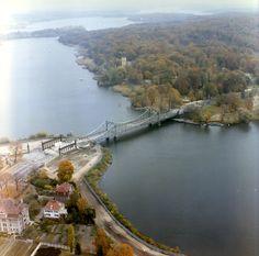 1602 Luftbilder der Grenze an der Glienicker Brücke