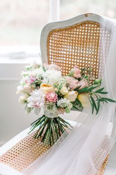 How To Have A Beautiful English Garden Wedding In The Spring