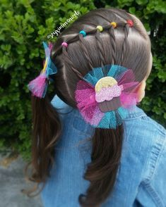 Image may contain: one or more people, flower and outdoor Easy Toddler Hairstyles, Baby Girl Hairstyles, Spring Hairstyles, Cute Hairstyles, Girl Hair Dos, Crazy Hair, Hair Today, Hair Bows, Short Hair Styles