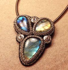 Jodi Labradorite Necklace or Brooch - Bead&Button Show