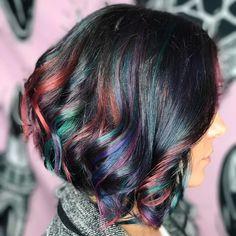 Oil-Slick Colours Me