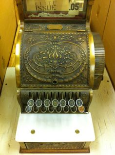 vintage cash register. just right.