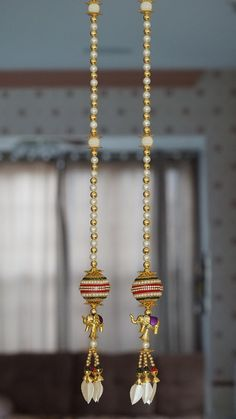 2 PC Handmade ball hanging with elephants Party beads Door Hanging Decorations, Diy Diwali Decorations, Wall Hanging Crafts, Diwali Diy, Diwali Craft, Janmashtami Decoration, Elephant Party, Beaded Curtains, Beaded Garland