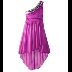 NEW Girl's One Shoulder Purple Dress BRAND NEW Dress with bling along the shoulder strap. Super cute! It's a KIDS/GIRLS size XL. (Easily an XS for Juniors!) Ruby Rox Dresses High Low