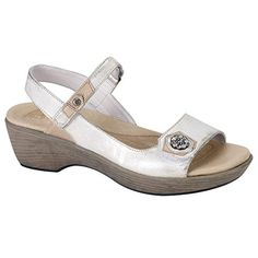 Naot Women's Dusty Silver L/Champagne L/Silver L Reserve 39 M EU * You can get additional details at the image link.
