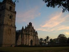 Was just a quick stopover on the street to take some pics. Next time i'll insist in going in an inspect the Church closely. Ilocos, Old Churches, Barcelona Cathedral, Notre Dame, Philippines, Island, Street, Building, Travel