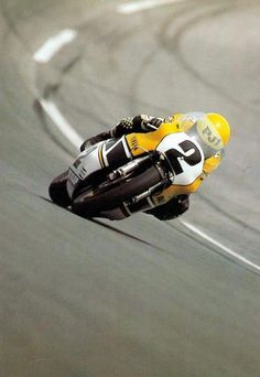 'King' Kenny Roberts, bottomed out on the Daytona banking…