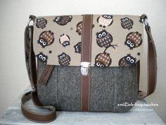 Umhängetaschen - LotsOfOwls Woll-Filz-Tasche (Braun & Braun) - ein Designerstück von emilieb-taschenmanufaktur bei DaWanda
