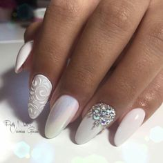 This series deals with many common and very painful conditions, which can spoil the appearance of your nails. SPLIT NAILS What is it about ? Nails are composed of several… Continue Reading → Cute Nails, Pretty Nails, My Nails, Fabulous Nails, Gorgeous Nails, Bridal Nail Art, Almond Acrylic Nails, Latest Nail Art, Swarovski Nails