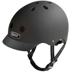 Blackish GEN3 Super Solid Nutcase hjelm #SortCykelhjelm #NutcaseHjelm #SortSkaterHjelm #SortNutcaseHjelm #BilligCykelhjelm #Cykeltur #Cykelister #Cykel #BilligTilbehørTilCykelister