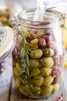 food recipes - Easily Turn your Regular Olives into Gourmet Olives Antipasto, Tapas, Fingers Food, Appetizer Recipes, Appetizers, Marinated Olives, Olive Recipes, Fermented Foods, Canning Recipes