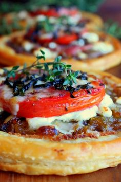 Tomato, Goat Cheese, and Prosciutto Tarts — 8 Ina Garten Appetizers That Are Total Crowd-Pleasers : PureWow Tapas, Tart Recipes, Cooking Recipes, Gourmet Food Recipes, Catering Recipes, Wing Recipes, Sauce Recipes, Cheese Tarts, Goat Cheese Quiche