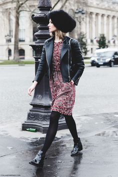 STREET STYLE: OUTSIDE CHANEL FALL'15 | Collage Vintage