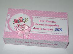 Lembrancinha caixinha Bis    *Caixinha personalizada com 10 bis personalizados  *acompanha embalagem e laço de cetim  Fazemos qualquer tema R$ 9,00