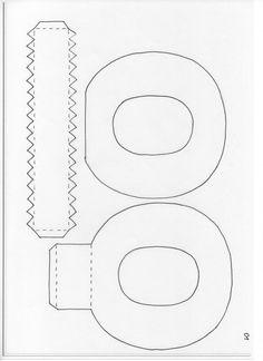 Ciao a tutte! In questi ultimi anni sono molto di moda le scritte composte dalle lettere cubiche, generalmente le troviamo in legno grezzo o MDF da decorare, ricordate questo mio vecchio post?. Ogg…