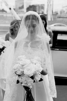 Elegant Wedding, Dream Wedding, Wedding Day, Elegant Bride, Vintage Wedding Photography, Vintage Wedding Veils, Vintage Wedding Photos, Vogue Bride, Bride Veil