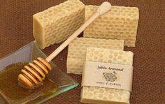 Jabones artesanales de glicerina y aromatizados de miel