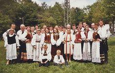 Drei Generationen in siebenbürgisch-sächsischer Tracht beim diesjährigen Rheinland-Pfalz-Tag. #Siebenbürgen