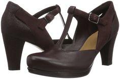 Clarks Damen Chorus Gia T-Spangen Pumps: Amazon.de: Schuhe & Handtaschen