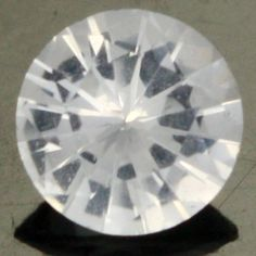 0.38 cts CERTIFIED Natural White Sapphire (W35666)
