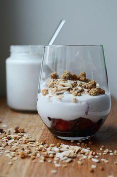 homemade coconut yoghurt