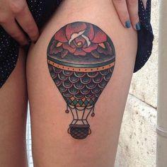Tatuaż Udo Old School Balon przez Forever Tattoo