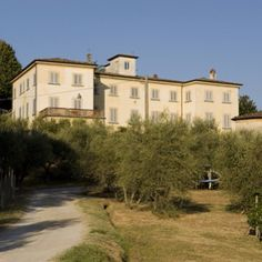 #Real #estate #property #Tuscany #Lucca villa for sale: http://www.lucaevillas.it