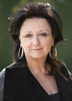 Julie Todaro, 2016-2017.