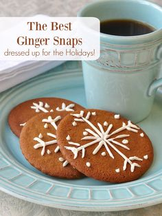 ginger snap cookies The Best Ginger Snaps. Thin crispy spiced cookies with plenty of warm ginger flavour. Just a Ziploc bag is all you need to decorate them for the Holidays too. Ginger Snaps Recipe, Ginger Snap Cookies, Holiday Baking, Christmas Baking, Freezer Cookies, Cookie Recipes, Dessert Recipes, Cookie Ideas, Newfoundland Recipes