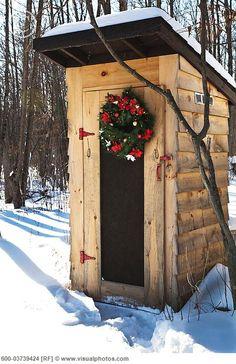 --m e r r y    c h r i s t m a s-- (even the hinges and door handle are in season)