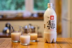 Makkoli What is it? Sweet rice wine. Milky and sweet, this wine drink tastes pretty similar to Yakult. Though you can hardly taste the alcohol in it, it's more potent than beer, so indulge with caution.