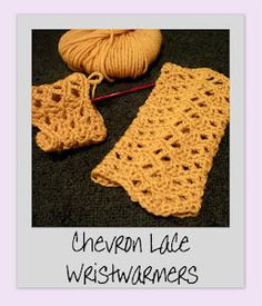 Chevron Lace Wrist Warmers, free pattern